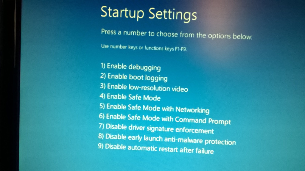 windows 10 safe mode screen