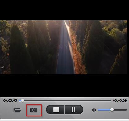 taking a screenshot from the video using WinX YouTube Downloader